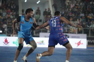Players of United Singhs and California Eagles in Action during the WKL Semi Final 2 match today in Mohali (5)