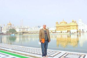 BRUCE RALSTON AT THE GOLDEN TEMPLE