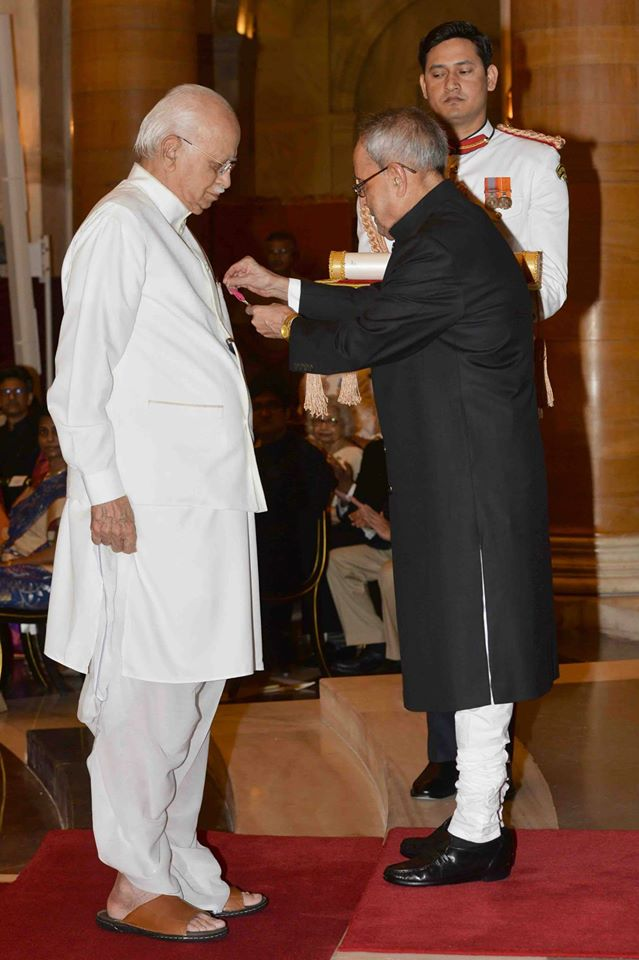 advani padma award