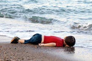 Aylan migrant-child-dead-beach-turkey