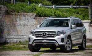 2017-Mercedes-Benz-GLS450