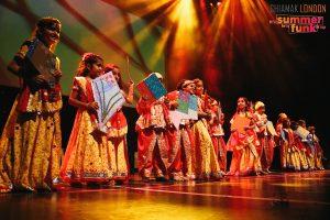 03 Kids Performing