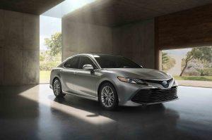2018-Toyota-Camry-Hybrid