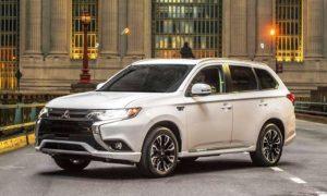 2018-Mitsubishi-Outlander-PHEV pic 1