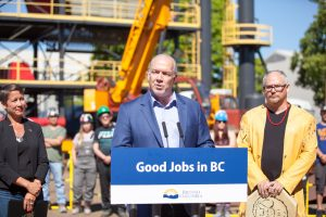 Premier John Horgan announces Community Benefits Agreement for public projects that put B.C. people first in line for good jobs building roads, bridges and other infrastructure.