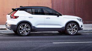 2018 Volvo XC40 R-design pic 1